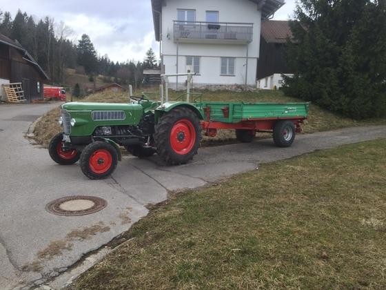 Fendt Farmer 2 mit Unsin Kipper