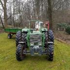 Farmer 4SA am Grabenerde fahren