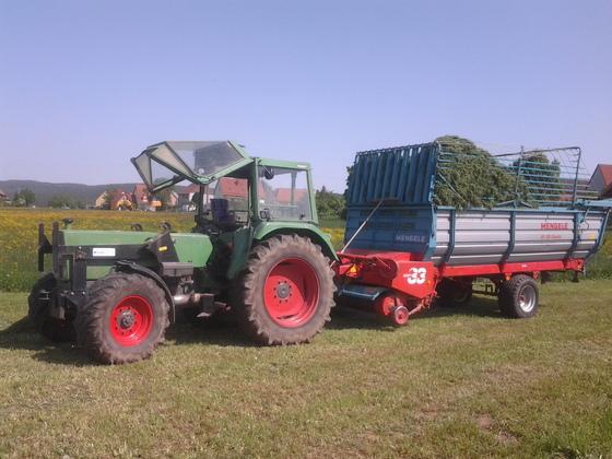 Farmer 108S mit Mengele 310 Quadro