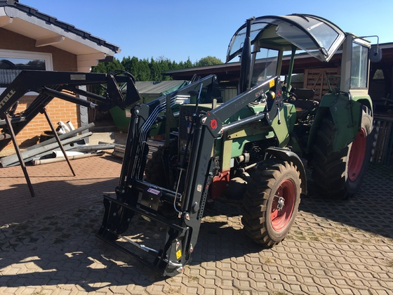 Farmer 105 SA mit Stoll Solid 35-18