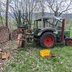 """Erstes Holzspalten mit dem """"neuen"""" Farmer 200 S"""