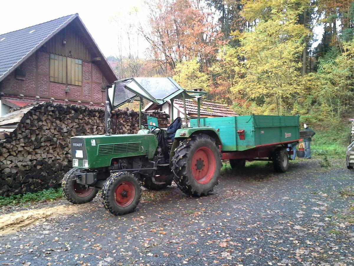 Farmer 2 S mit Peko Verdeck