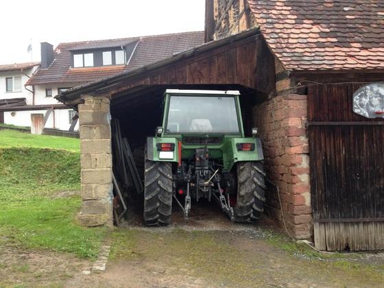 Fendt Farmer 308 LSA - Der neue ist eingetroffen und geht gerade so in sein Zuhause!