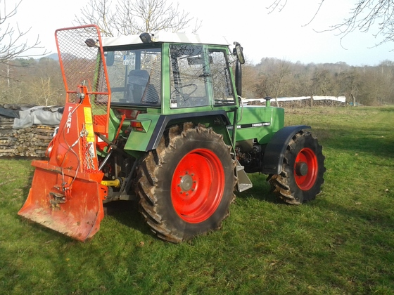 Fendt Farmer 309LS mit Farmi 5to Seilwinde