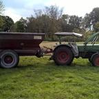 Fendt Farmer 3S, Bj. 1967 mit Kalkstreuer... Das hat Spaß gemacht!!!
