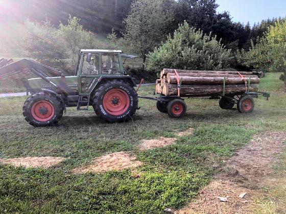 Fendt Farmer 308LS mit restauriertem Langholzhänger