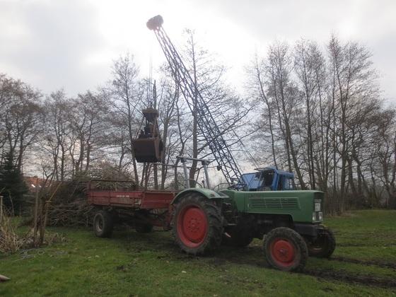 Farmer 2 DE Kompost streuen