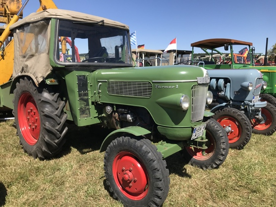 Fendt Farmer 2 auf einem Traktortreffen