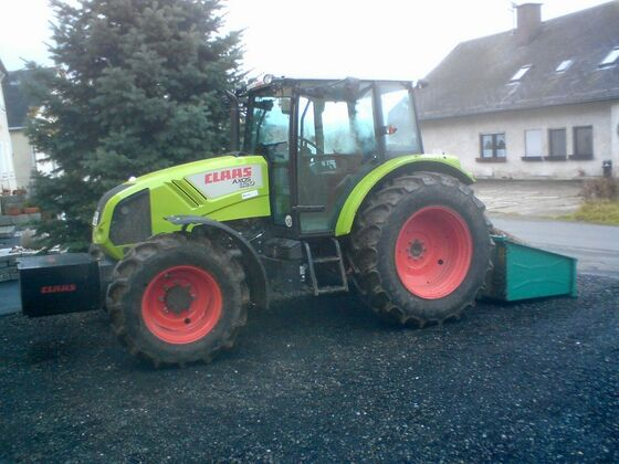 Claas Axos 320 Front-Heckcontainer
